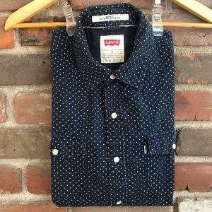 Levi's Short Sleeve Button Up Shirt- Men's Medium